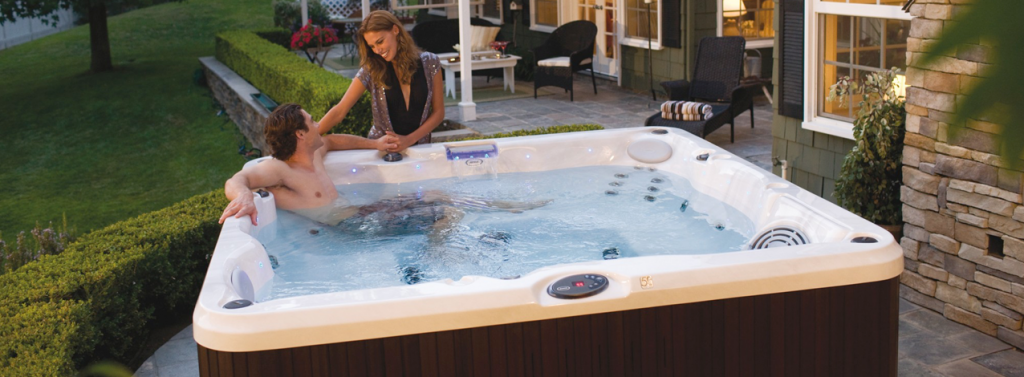 What are the health benefits of using a hot tub? // Wensum Pools Ltd